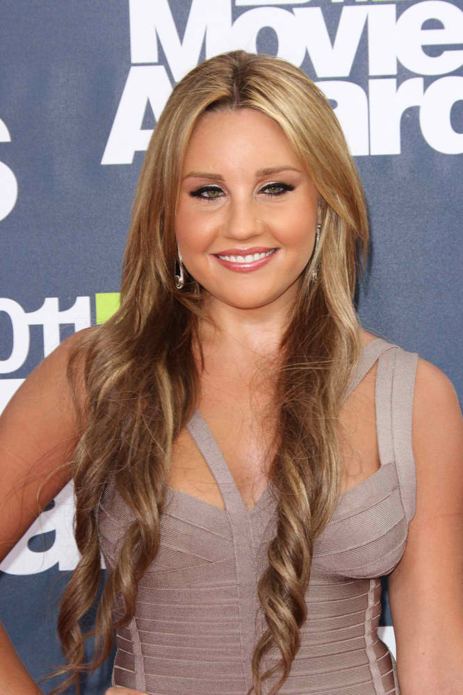Amanda Bynes Charged With Hit and Run