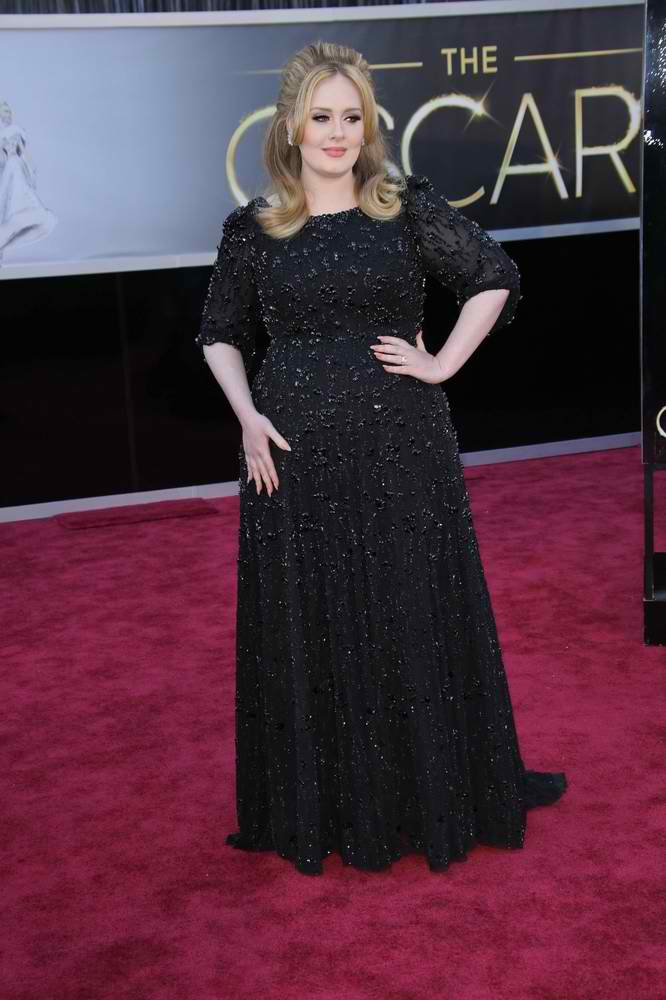 Adele is a Mom